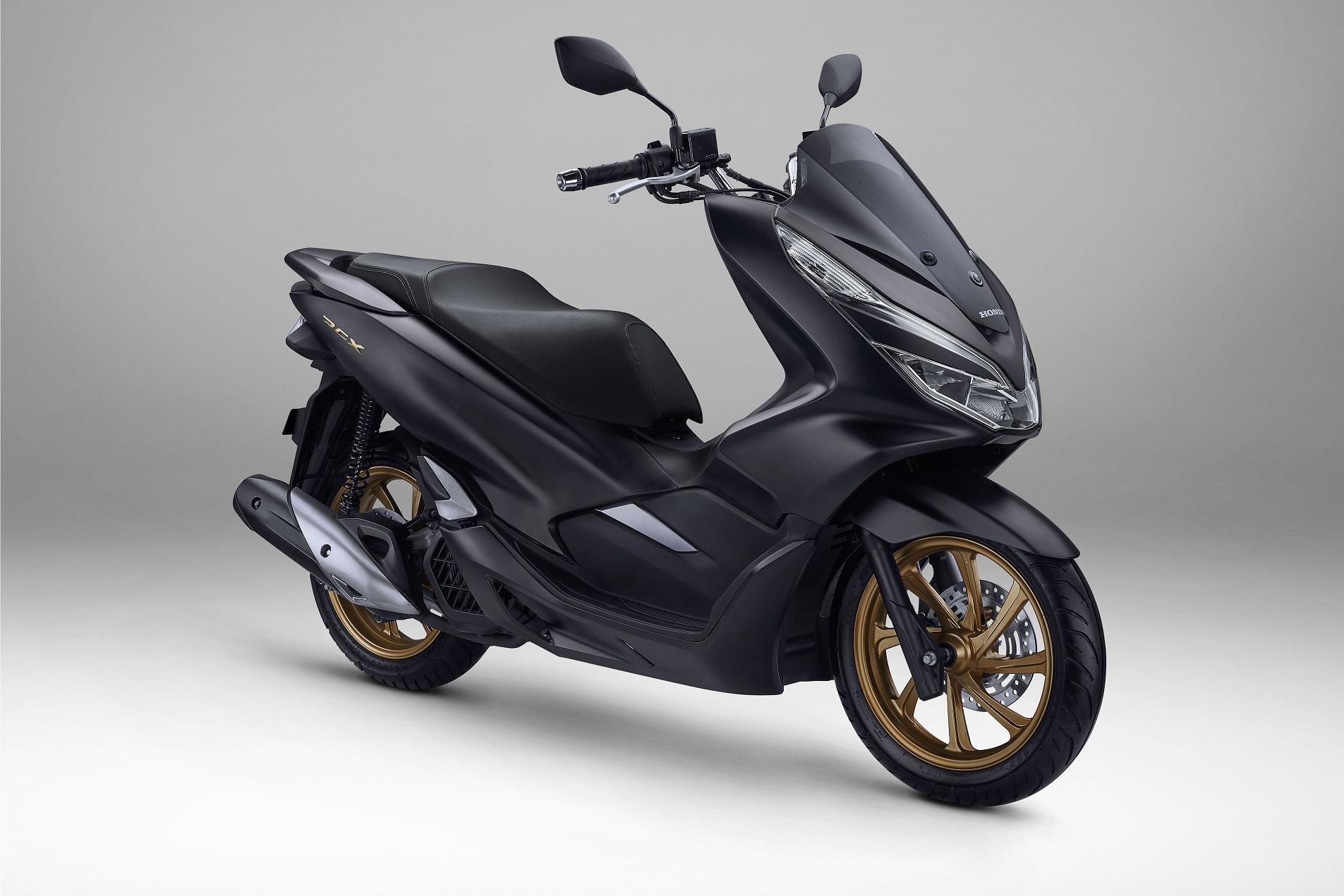 Honda Pcx 150 Tahun 2020 Hitam Doff Velg Gold Dan Biru Doff