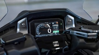 honda forza 750 motomaxoneblog ahm mpm 10