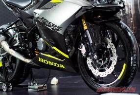 allnewcbr150-carbon-version-motomaxone-ahm-mpm-9