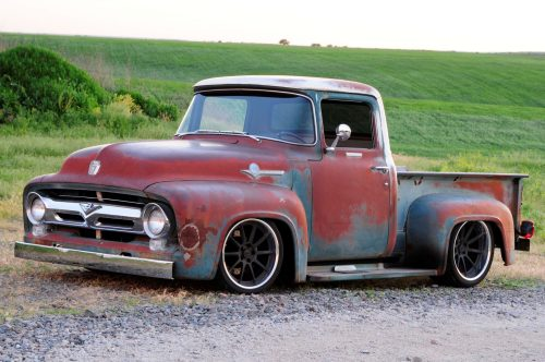 small resolution of 1956 ford f 100 that looks like a rundown old pickup truck but isn t moto networks