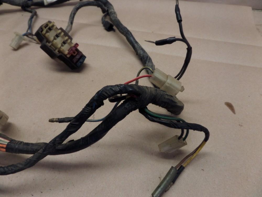 medium resolution of 1985 yamaha vmax 1200 vmx12 wiring harness w fuse box