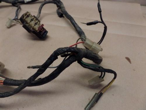 small resolution of 1985 yamaha vmax 1200 vmx12 wiring harness w fuse box