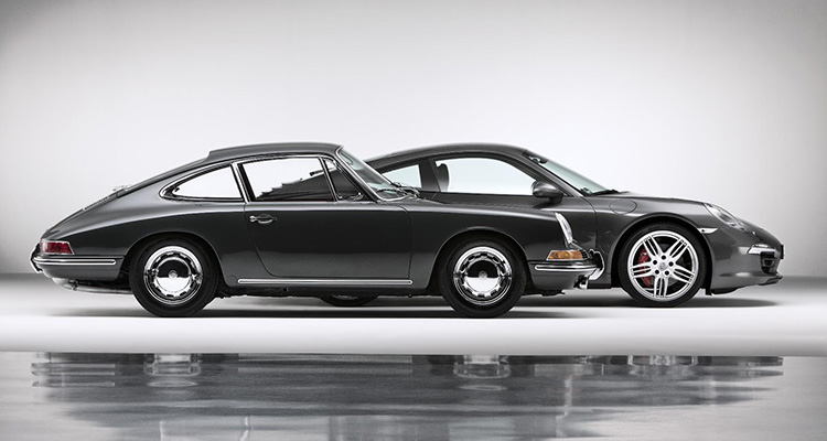 Old and new Porsche 911