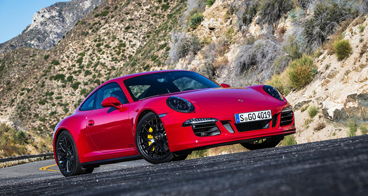 Porsche 911 GTS Auto Express Best Performance Car Award 2015