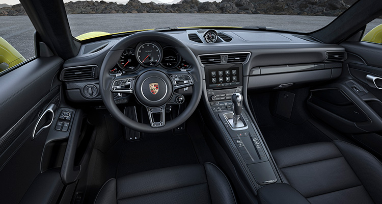 Porsche 911 Turbo S interior