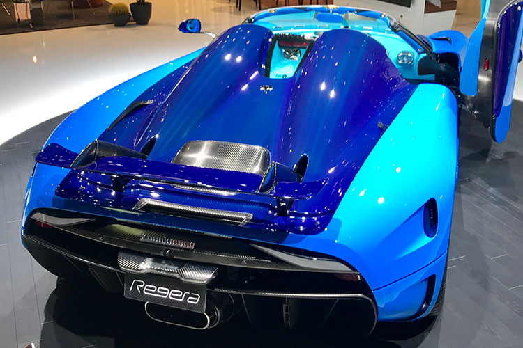 Koenigsegg Regera blue rear