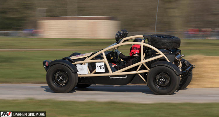 Race Retro 2018 Ariel Nomad
