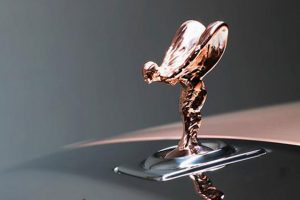 rolls-royce whispered gold mascot