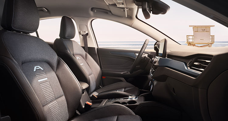 2018 Ford Focus interior 2