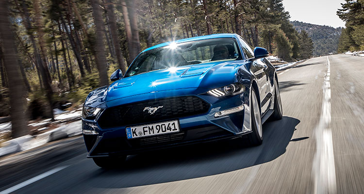 Ford Mustang blue front