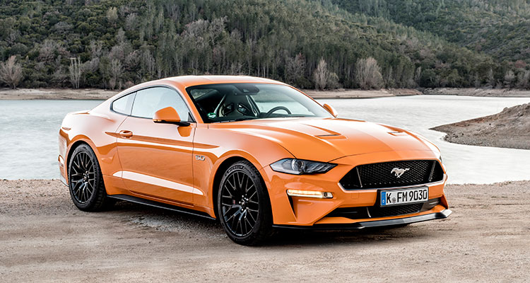 Ford Mustang orange front side