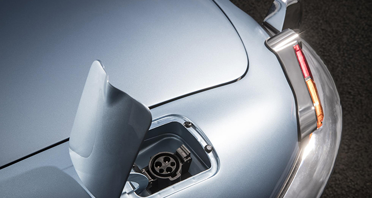 Jaguar E-Type Concept Zero charger port