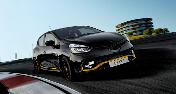 Renault Clio R.S.18 Front Side 1