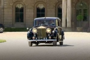 megham markle royal wedding phanton iv rolls royce arrival feature