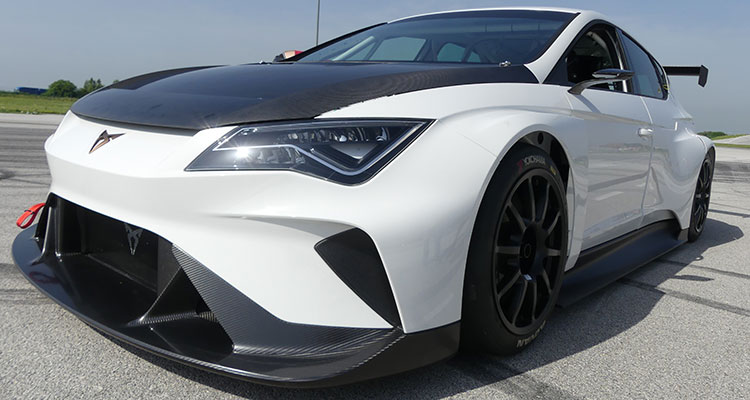 Cupra tests new e-Racer 1