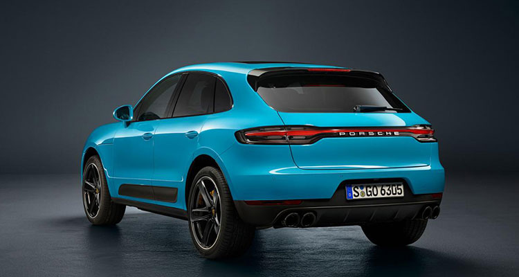 Porsche Macan revealed rear side 1