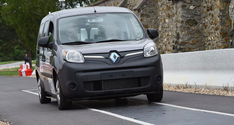 renault kangoo wireless charging