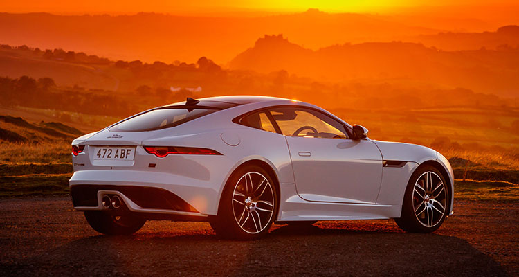 Jaguar F-Type Chequered Flag Edition 3