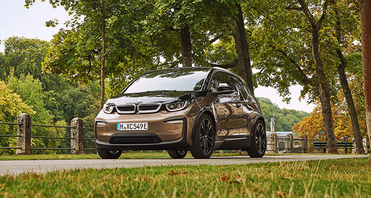 BMW i3 120Ah front side 1