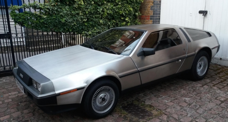 DeLorean DMC12 3