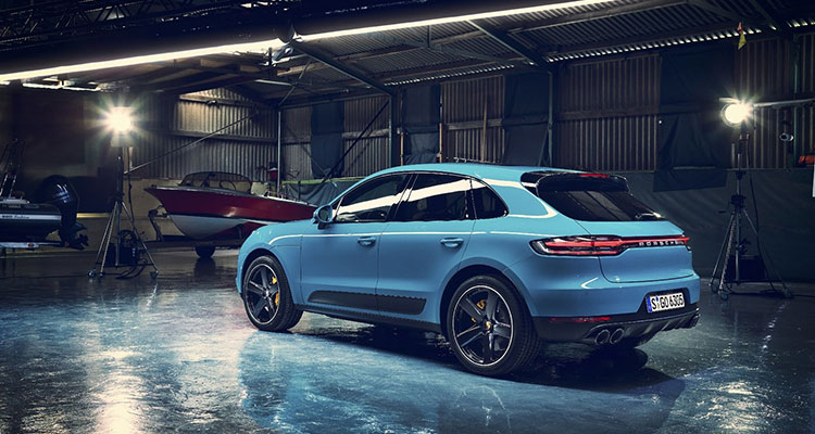Porsche Macan Facelift 2019 rear side 2