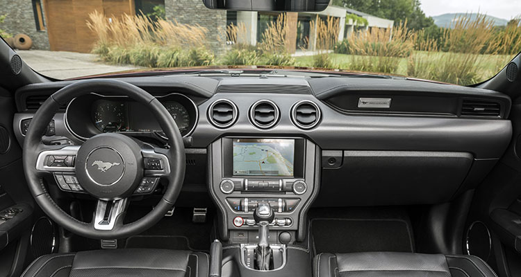 Ford Mustang Interior 5