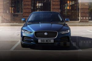 New 2019 Jaguar XE feature