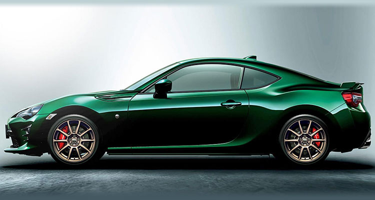 Toyota GT86 British racing green limited edition side 1