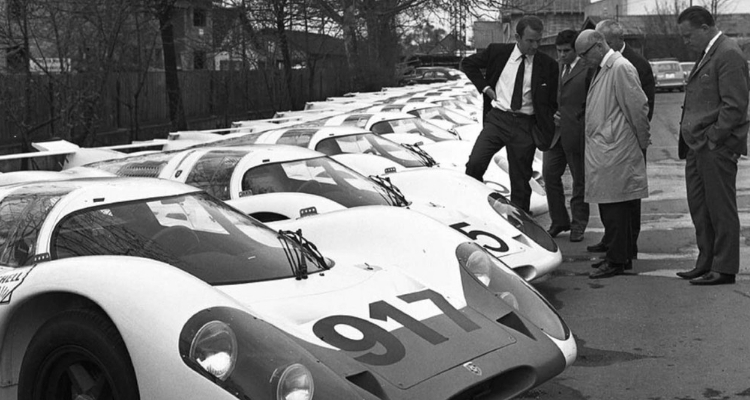 Porsche 917 Le Mans black and white