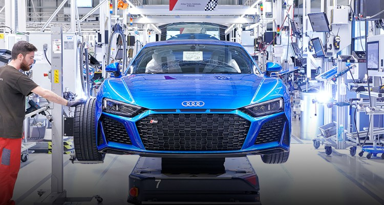 Audi R8 PI V10 feature