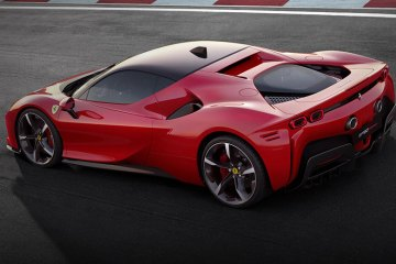 Ferrari SF90 Stradale (feature)