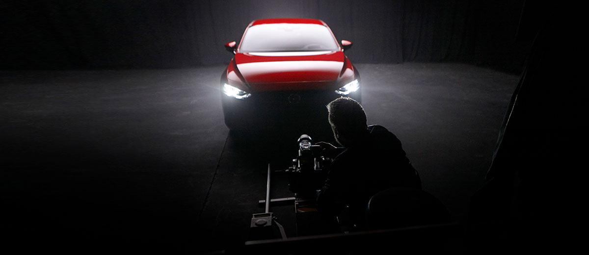 Rankin Mazda3 BTS London shoot (feature)