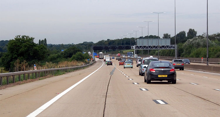 m25 concrete motorway surrey (2)