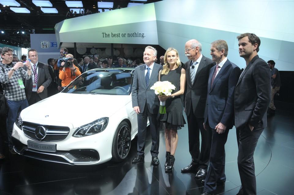 Optimismo en el sal n del autom vil de norteam rica motor for Mercedes benz hornsby