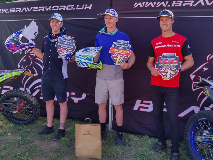 Video, Sprint Enduro Britânico, Holcombe e Macdonald