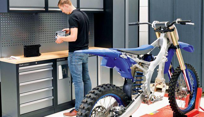 Veja a YZ Eletrica para Motocross