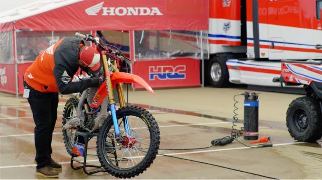 Video, Manutenção de MOTOS, Team Honda USA
