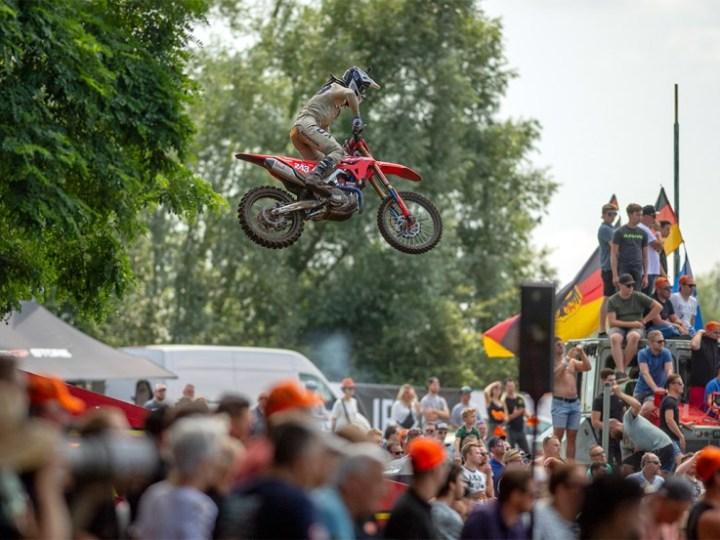 Video, Mundial de Motocross – GP Holanda