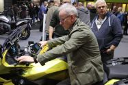 Motorcycle Live 201900117