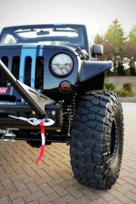 2012 Mopar Jeep Wrangler Apache Concept Rear Tire Carrier