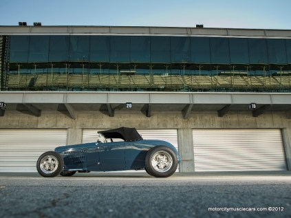 Tom Gloy's '32 Ford Roadster Wins Hot Rod Of The Year (2)