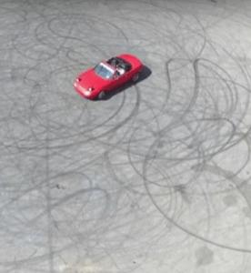Hero Dad Reveals Baby's Gender Via Burnout In His V8 Miata