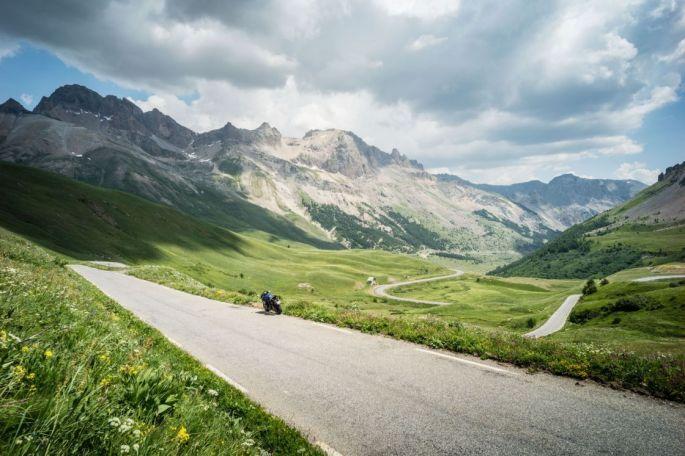 La Route des Grandes Alpes - Col du Galibier