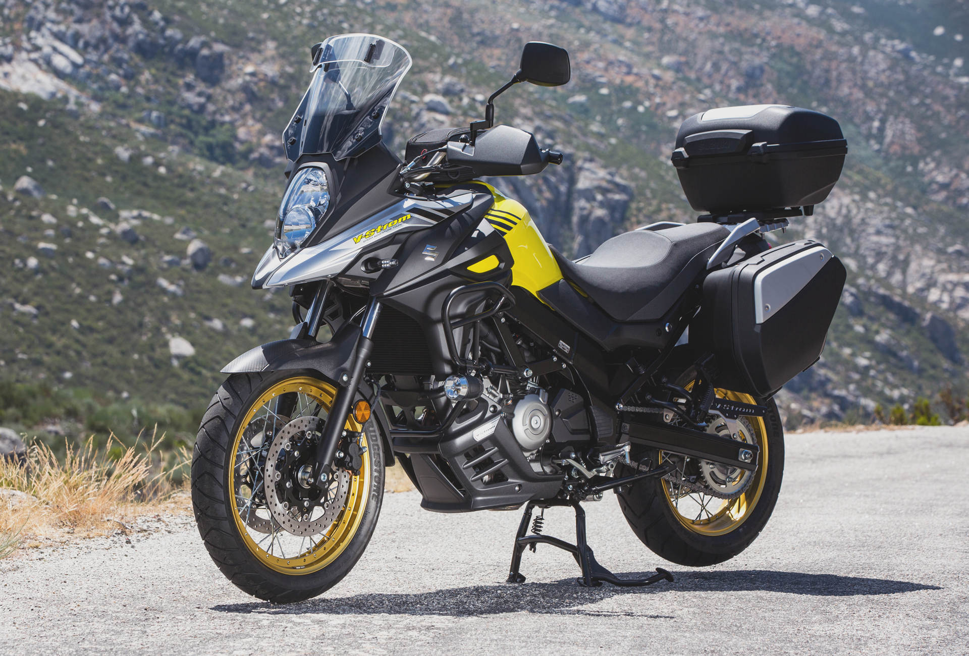 Suzuki Redesigns Popular Vstrom 650 Models