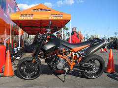KTM Supermoto 950