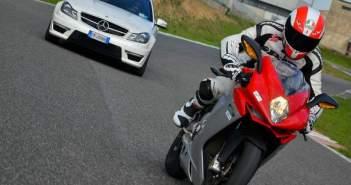 Mercedes koopt MV Agusta