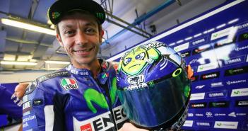 Rossi speciale helm San Marino MotoGP