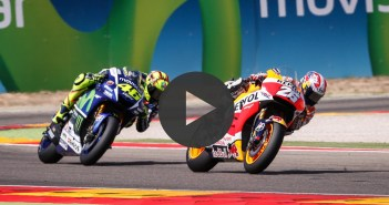 Epic battle Rossi vs Pedrosa