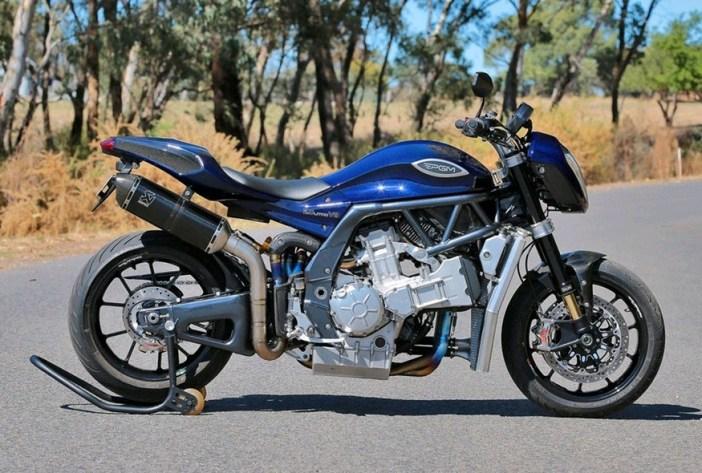 PGM V8 motorfiets