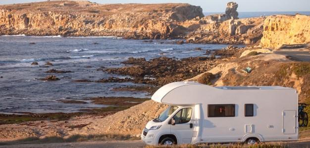 ¿Está permitido acampar en la playa?